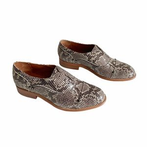 Two24 by Ariat Austen Snake Embossed Oxford Sz 7
